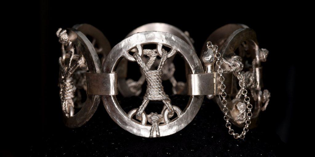 Handgeschmiedetes Unikat Armband Bondage | Silber | Anina Caracas Düsseldorf